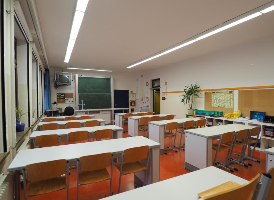 009 Foto AG Ausstattung der Schule