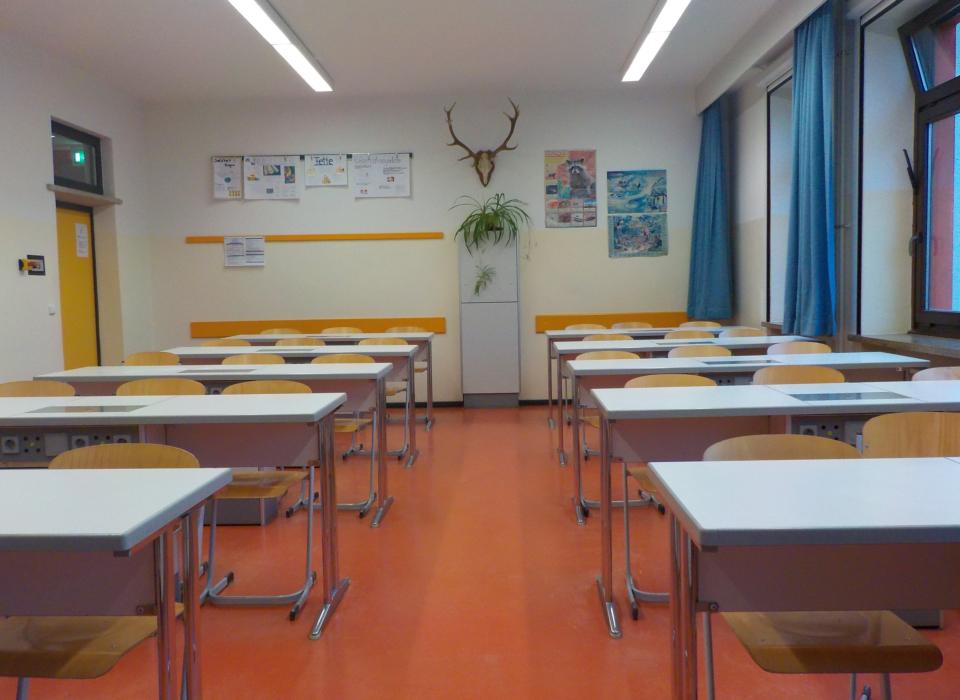 020 Foto AG Ausstattung der Schule